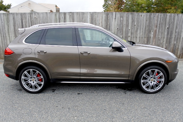 Used 2013 Porsche Cayenne Turbo AWD Used 2013 Porsche Cayenne Turbo AWD for sale  at Metro West Motorcars LLC in Shrewsbury MA 6