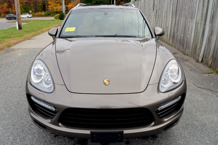 Used 2013 Porsche Cayenne Turbo AWD Used 2013 Porsche Cayenne Turbo AWD for sale  at Metro West Motorcars LLC in Shrewsbury MA 8