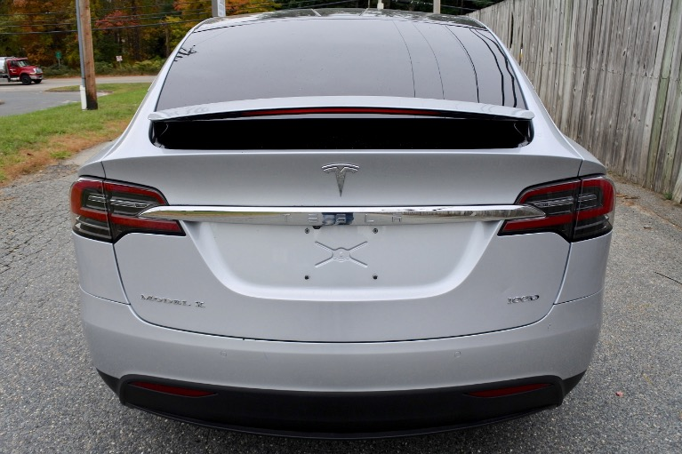 Used 2018 Tesla Model x 100D AWD Used 2018 Tesla Model x 100D AWD for sale  at Metro West Motorcars LLC in Shrewsbury MA 4
