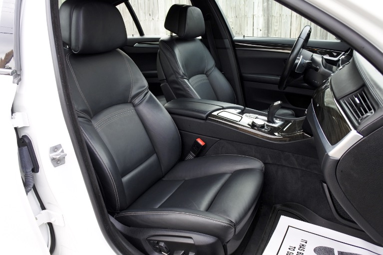 Used 2016 BMW 5 Series 550i xDrive M Sport AWD Used 2016 BMW 5 Series 550i xDrive M Sport AWD for sale  at Metro West Motorcars LLC in Shrewsbury MA 19